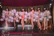 10 Jahre Lena Hoschek - Palazzo - Do 05.11.2015 - Models in Palmers by Lena H auf der B�hne (Dessous)101