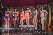 10 Jahre Lena Hoschek - Palazzo - Do 05.11.2015 - Models in Palmers by Lena H auf der B�hne (Dessous)106