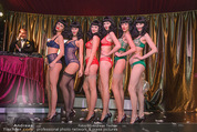 10 Jahre Lena Hoschek - Palazzo - Do 05.11.2015 - Models in Palmers by Lena H auf der B�hne (Dessous)108