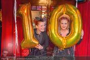 10 Jahre Lena Hoschek - Palazzo - Do 05.11.2015 - Niki OSL, Enie VAN DE MEIKLOKJES37
