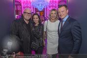 Signa Törggelen - Palais Harrach - Do 12.11.2015 - DJ �TZI Gerry FRIEDLE mit Sonja, Markus FRIESACHER mit Ehefrau87
