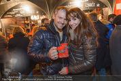 Heute Charitypunsch - Christkindlmarkt Stephansplatz - So 15.11.2015 - Manfred und Nelly BAUMANN11