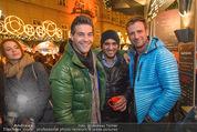 Heute Charitypunsch - Christkindlmarkt Stephansplatz - So 15.11.2015 - Norbert OBERHAUSER, Eric PAPILAYA, Volker PIESCZEK24