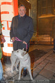 Heute Charitypunsch - Christkindlmarkt Stephansplatz - So 15.11.2015 - Richard LUGNER mit Hund29