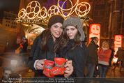 Heute Charitypunsch - Christkindlmarkt Stephansplatz - So 15.11.2015 - Amina DAGI, Katharina NAHLIK41