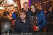Heute Charitypunsch - Christkindlmarkt Stephansplatz - So 15.11.2015 - Familie Artur WORSEG, Sohn Paris, K. HASELBAUER mit Baby8