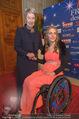 Look! Woman of the Year-Awards 2015 - Rathaus - Di 17.11.2015 - Kira GR�NBERG, Margit FISCHER114