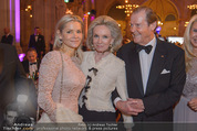 Look! Woman of the Year-Awards 2015 - Rathaus - Di 17.11.2015 - Familie Sir Roger MOORE mit Ehefrau Lady Kristina127