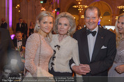 Look! Woman of the Year-Awards 2015 - Rathaus - Di 17.11.2015 - Familie Sir Roger MOORE mit Ehefrau Lady Kristina128