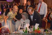 Look! Woman of the Year-Awards 2015 - Rathaus - Di 17.11.2015 - Sir Roger MOORE mit Ehefrau Lady Kristina143