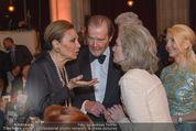 Look! Woman of the Year-Awards 2015 - Rathaus - Di 17.11.2015 - Farah DIBA PAHLAVI, Sir Roger MOORE mit Ehefrau Lady Kristina156