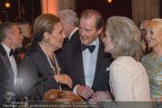 Look! Woman of the Year-Awards 2015 - Rathaus - Di 17.11.2015 - Farah DIBA PAHLAVI, Sir Roger MOORE mit Ehefrau Lady Kristina157