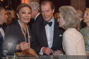 Look! Woman of the Year-Awards 2015 - Rathaus - Di 17.11.2015 - Farah DIBA PAHLAVI, Sir Roger MOORE mit Ehefrau Lady Kristina158