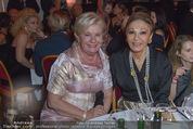 Look! Woman of the Year-Awards 2015 - Rathaus - Di 17.11.2015 - Elisabeth Sissi PR�LL, Farah DIBA PAHLAVI163