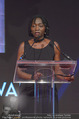 Look! Woman of the Year-Awards 2015 - Rathaus - Di 17.11.2015 - Auma OBAMA287