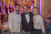 Look! Woman of the Year-Awards 2015 - Rathaus - Di 17.11.2015 - Clemens UNTERREINER, Sir Roger MOORE mit Ehefrau Lady Kristina325