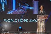 Look! Woman of the Year-Awards 2015 - Rathaus - Di 17.11.2015 - Farah DIBA PAHLAVI339