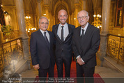 Look! Woman of the Year-Awards 2015 - Rathaus - Di 17.11.2015 - Peyman AMIN mit Vater und Onkel35