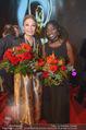 Look! Woman of the Year-Awards 2015 - Rathaus - Di 17.11.2015 - Farah DIBA PAHLAVI, Auma OBAMA359