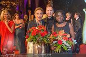 Look! Woman of the Year-Awards 2015 - Rathaus - Di 17.11.2015 - Farah DIBA PAHLAVI, Sergej BENEDETTER, Auma OBAMA366