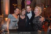 Look! Woman of the Year-Awards 2015 - Rathaus - Di 17.11.2015 - Eva P�LZL, Birgit HABERMAYER, Daniel SERAFIN, Doris POMMERENING378