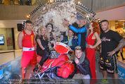 Formula Snow PK - The Mall - Mi 18.11.2015 - Gruppenfoto mit Polsterschlacht, Federn59