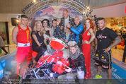 Formula Snow PK - The Mall - Mi 18.11.2015 - Gruppenfoto mit Polsterschlacht, Federn65