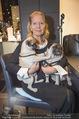 Weihnachtscocktail - Montblanc - Do 19.11.2015 - Christiane H�RBIGER mit Hunden, M�psen5