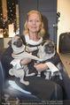 Weihnachtscocktail - Montblanc - Do 19.11.2015 - Christiane H�RBIGER mit Hunden, M�psen7