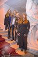 Olafur Eliasson Ausstellung - Winterpalais - Fr 20.11.2015 - Familie Francesca HABSBURG Mutter Fiona T�chter Eleonore, Glori104
