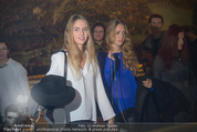 Olafur Eliasson Ausstellung - Winterpalais - Fr 20.11.2015 - Gloria und Eleonore HABSBURG120