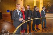 Olafur Eliasson Ausstellung - Winterpalais - Fr 20.11.2015 - Olafur ELIASSON, Josef OSTERMAYER, Agens HUSSLEIN46