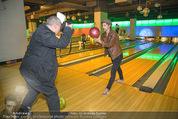 Charity Disco Bowling - Oceanpark - Di 24.11.2015 - Alexander TUMA fotografiert Hilde DALIK12