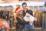 Late Night Shopping - Mondrean - Do 26.11.2015 - Atousa MASTAN, Claus TYLER42