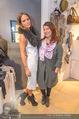 Late Night Shopping - Mondrean - Do 26.11.2015 - Nina TRAILOVIC (Pika), Moni FELLNER73