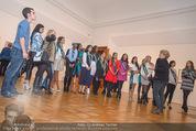 100 Miss Earth - Belvedere - Fr 27.11.2015 - Die Missen (Miss Earth) in der Ausstellung34