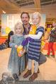 Kinopremiere Heidi - Village Cinemas - Di 01.12.2015 - Michael MAERTENS mit Tochter Wilma und deren Freundin7