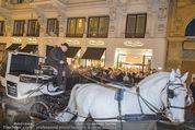 Thomas Sabo Kollektionspräsentation - Park Hyatt - Do 03.12.2015 - Fiaker, Kutscher vor dem Store155