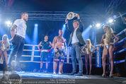 White pearl mountain Club - Sportzentrum Hinterglemm - Sa 05.12.2015 - Boxkampf, Boxen, Siegerehrung, Andreas WERNIG179