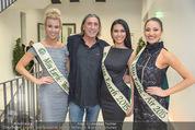 60. Geburstag Reinhold Mitterlehner - Aula der Wissenschaften - Fr 11.12.2015 - Norbert BLECHA mit 3 Miss Earth Siegerinnen30
