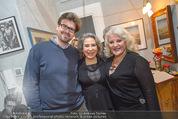 Lichter Weihnachtscocktail - Privatwohnung - Di 15.12.2015 - Brigitte KARNER mit Sohn Benedikt SIMONISCHEK, Marika LICHTER28