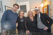 Lichter Weihnachtscocktail - Privatwohnung - Di 15.12.2015 - Brigitte KARNER Sohn Benedikt SIMONISCHEK, Marika u Paul LICHTER31