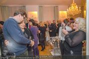 Lichter Weihnachtscocktail - Privatwohnung - Di 15.12.2015 - Brigitte KARNER mit Sohn Benedikt SIMONISCHEK, Marika LICHTER 36
