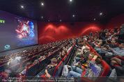 Star Wars - das Erwachen der Macht Kinopremiere - Cineplexx Donauplex - Mi 16.12.2015 - voller IMAX Kinosaal, Zuseher, G�ste127
