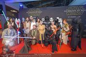 Star Wars - das Erwachen der Macht Kinopremiere - Cineplexx Donauplex - Mi 16.12.2015 - Gruppenfoto Figuren, Charaktere33