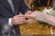 Anna Netrebko Hochzeit - Trauung - Palais Coburg - Di 29.12.2015 - Anna NETREBKO, Yusif EYVAZOV tauschen Ringe104