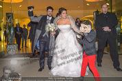 Anna Netrebko Hochzeit - Trauung - Palais Coburg - Di 29.12.2015 - Anna NETREBKO mit Sohn Tiago, Yusif EYVAZOV161