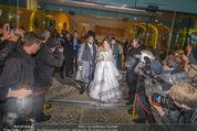 Anna Netrebko Hochzeit - Trauung - Palais Coburg - Di 29.12.2015 - Anna NETREBKO, Yusif EYVAZOV mit Medienrummel171