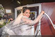 Anna Netrebko Hochzeit - Trauung - Palais Coburg - Di 29.12.2015 - Anna NETREBKO178