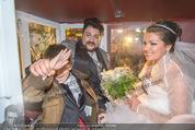 Anna Netrebko Hochzeit - Trauung - Palais Coburg - Di 29.12.2015 - Anna NETREBKO mit Sohn Tiago, Yusif EYVAZOV in der Kutsche183